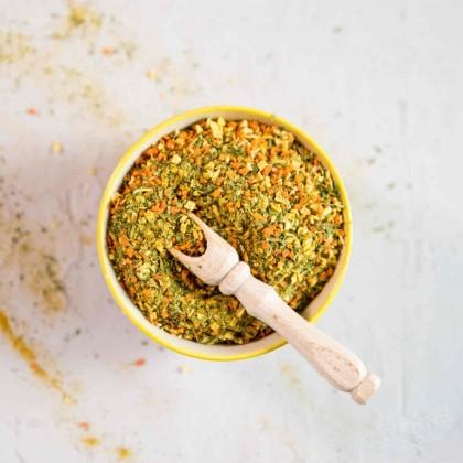 Przyprawa naturalna bez soli i glutaminianu sodu.